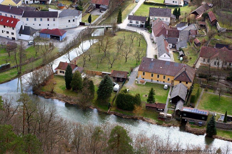 Река Дие и дома в Хардегге