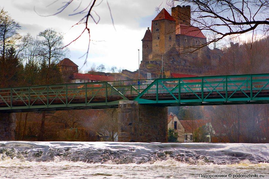 Хардегг с чешской стороны реки