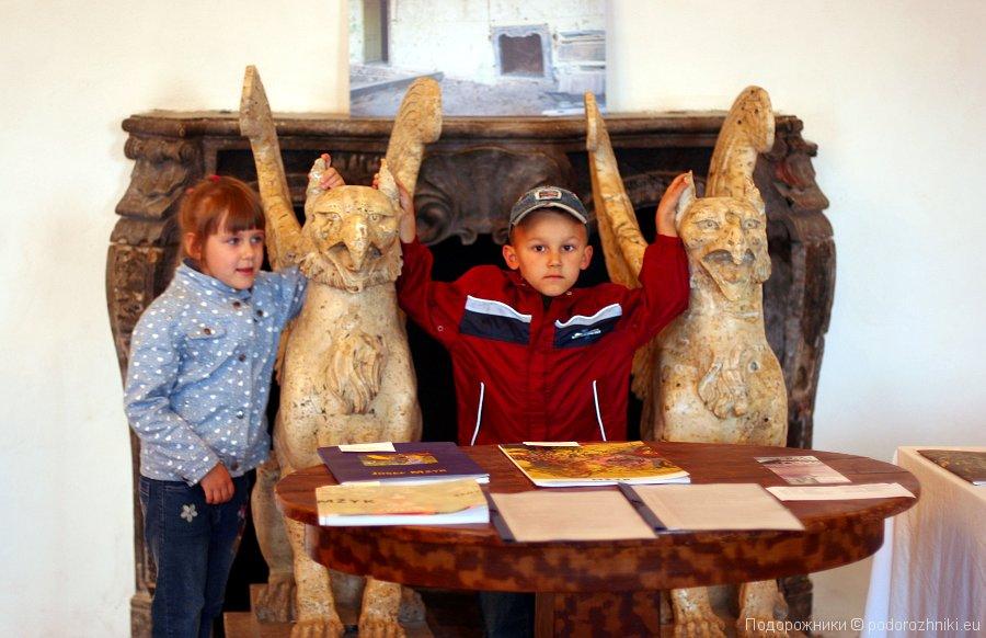 Дети в замке Летовице