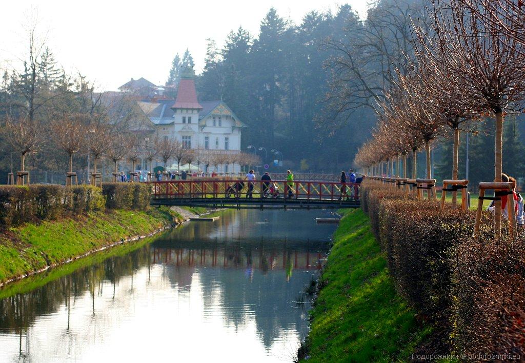 Река в Лугачовице