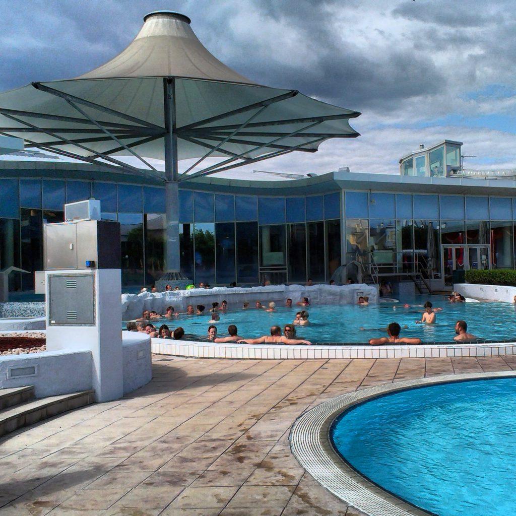 Термальный бассейн в Лаа-андер-Тайа