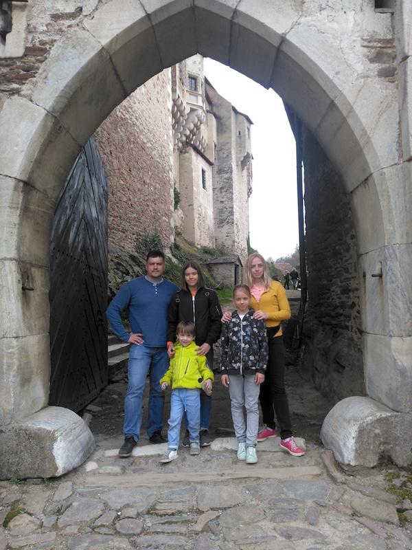 Наши туристы: Нижняя Австрия, долина Вахау. Арина с семьей