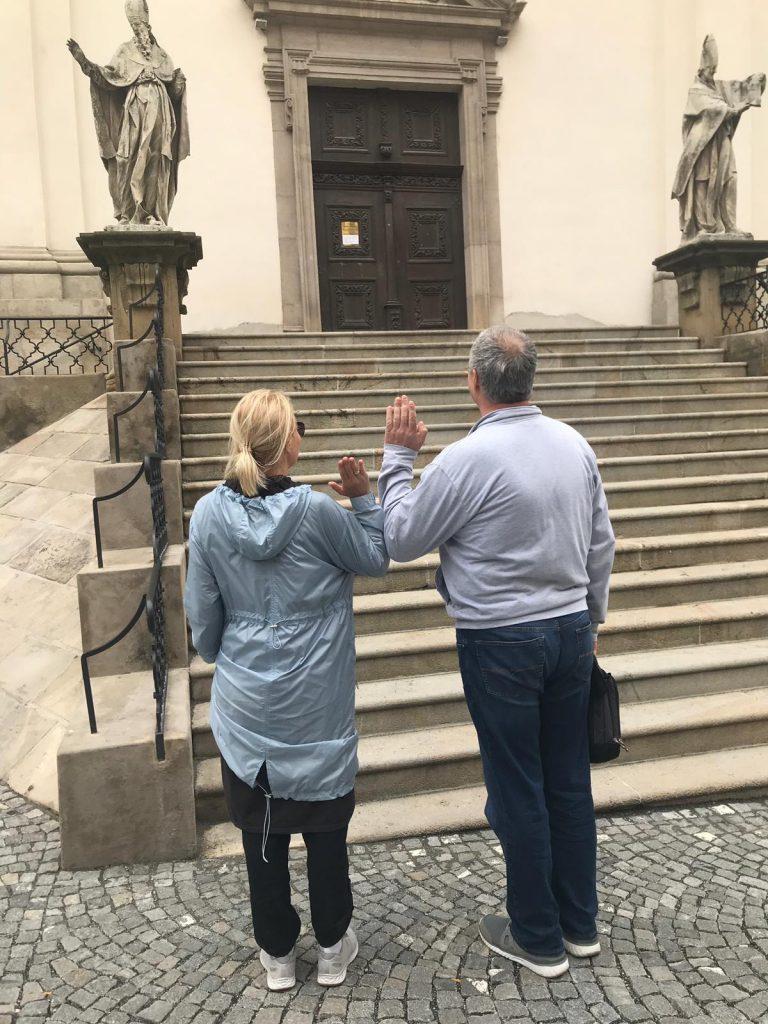 Наши туристы в Брно: Юрий и Елена