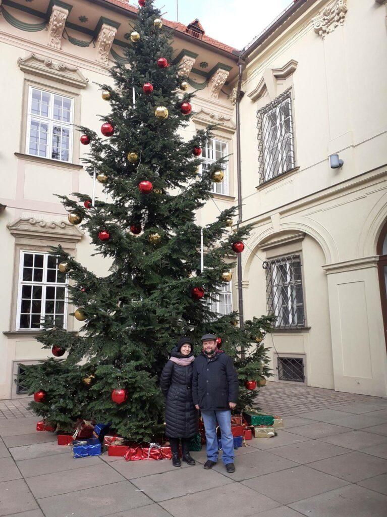 Экскурсия в Брно: Лариса с семьей